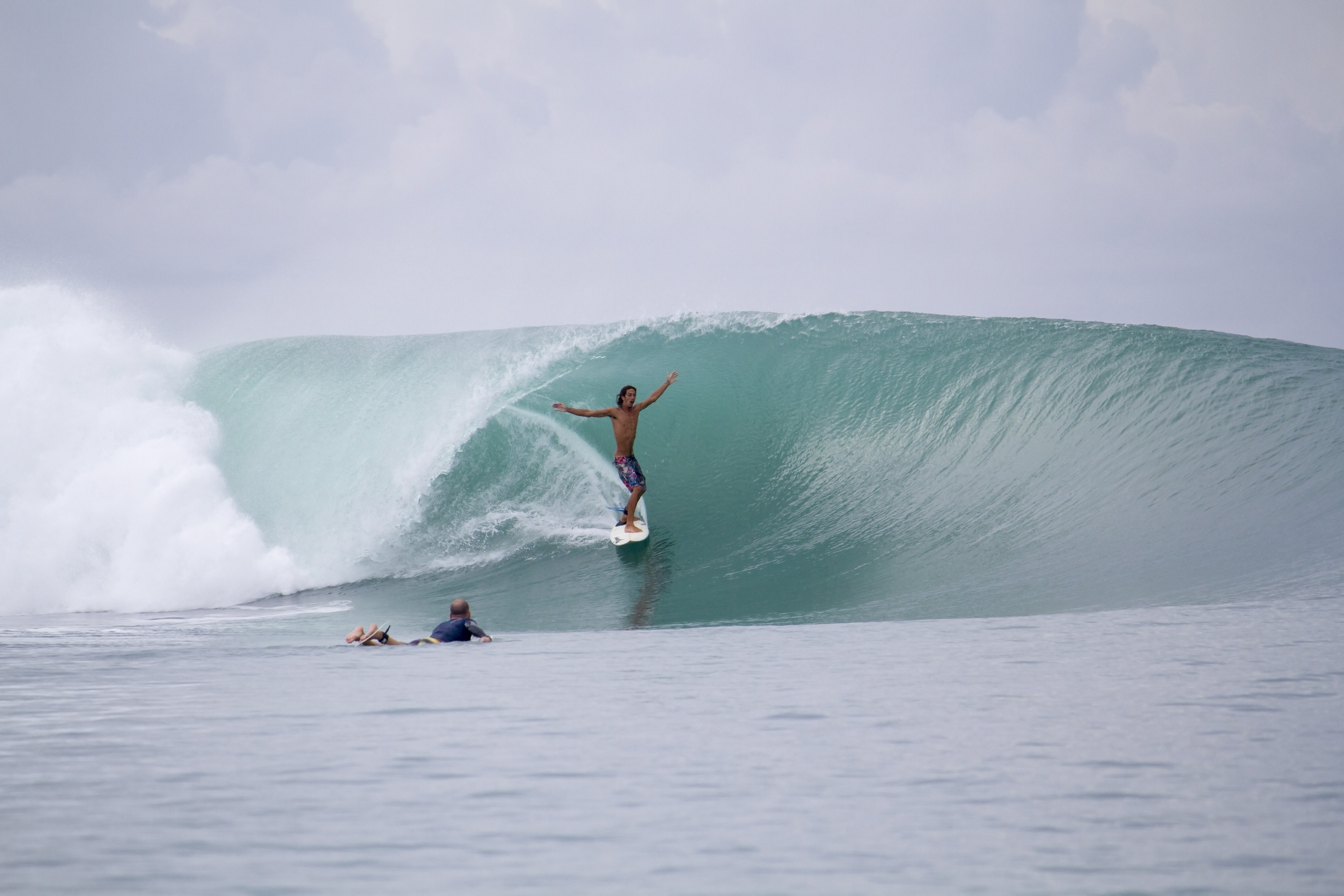 Surfer gets barrelled in Indonesia